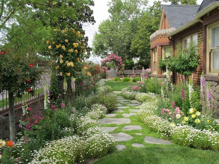 Коттеджный сад