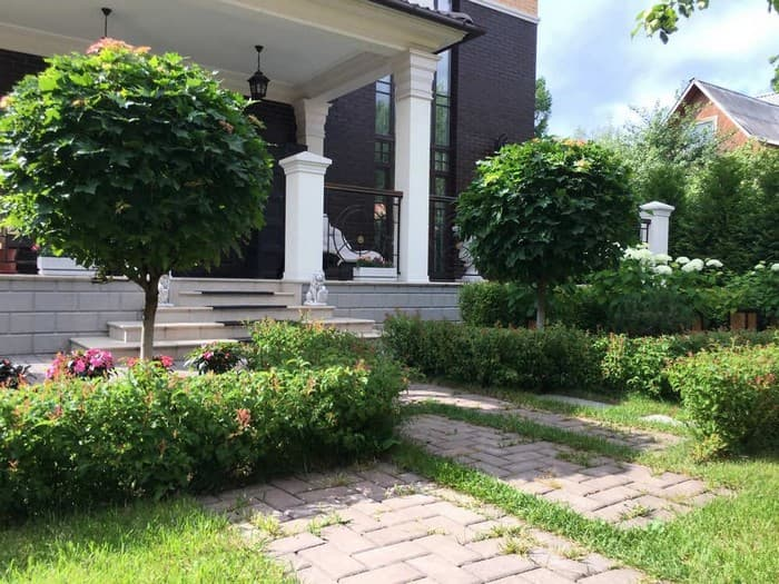 дизайн двора перед домом