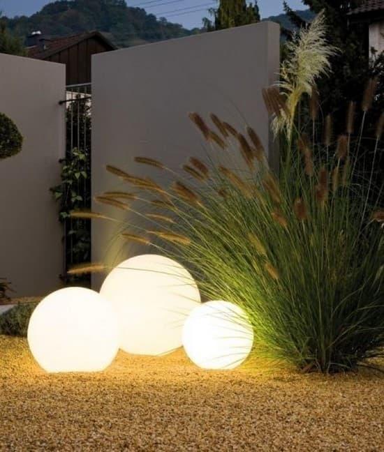освещение двора